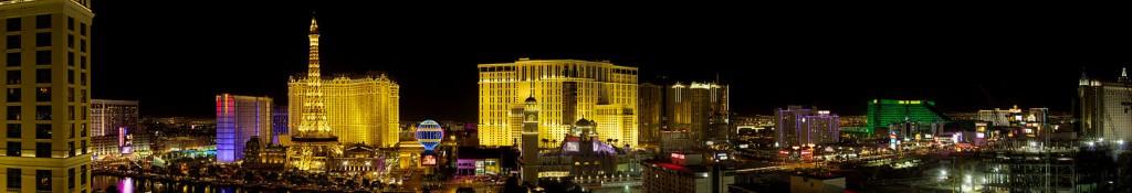 1461px-Las_Vegas_Strip_panorama